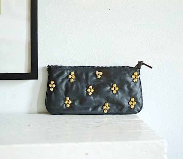 Turn a printed fabric purse into a back studded purse!  www.happinessiscreating.com