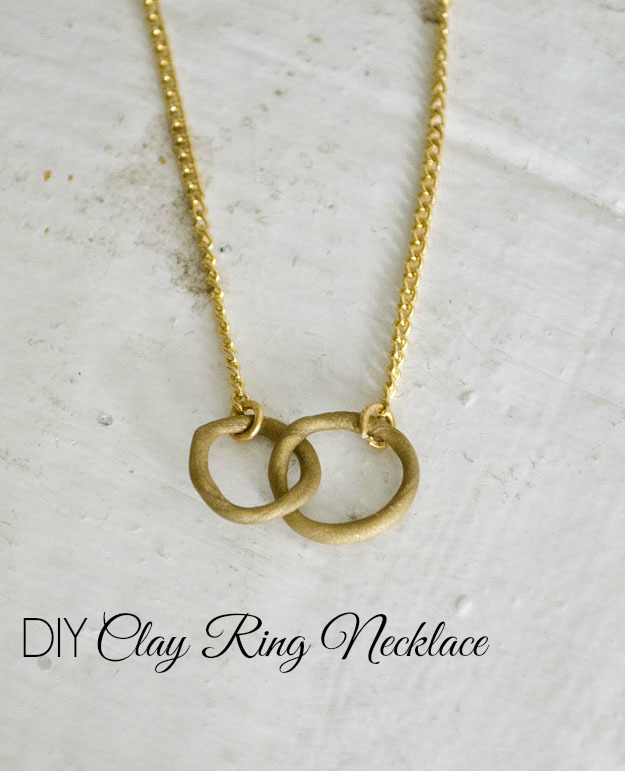 Clay Ring Necklaceq