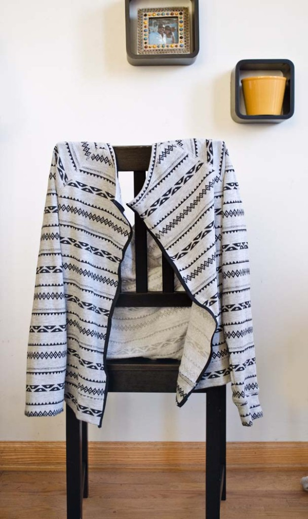 Turn a crewneck sweater into a cardigan!  #happinessiscreating