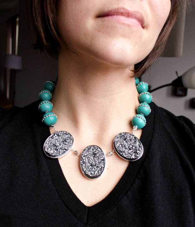 DIY Faux Geode Statement Necklace #happinessiscreating.com