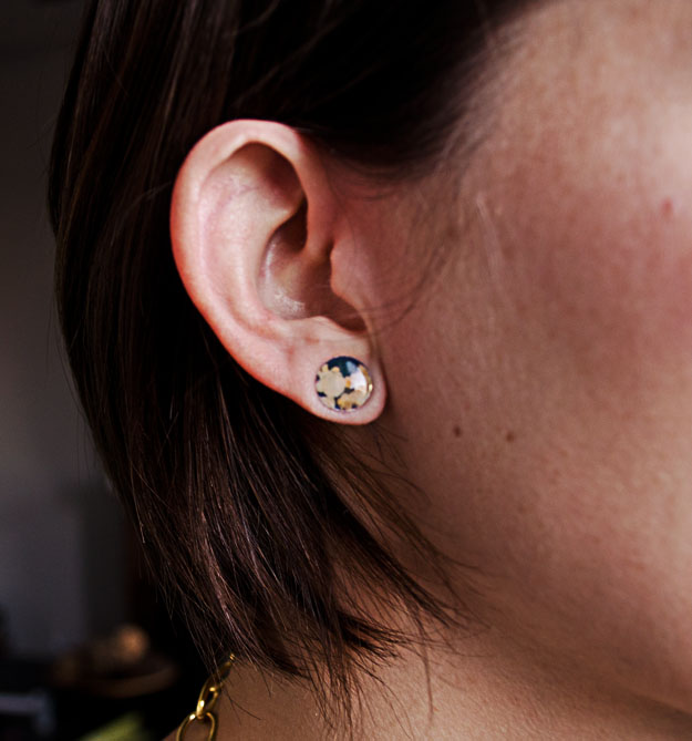 Use magazine to create these one-of-a-kind stud earrings! #happinessiscreating