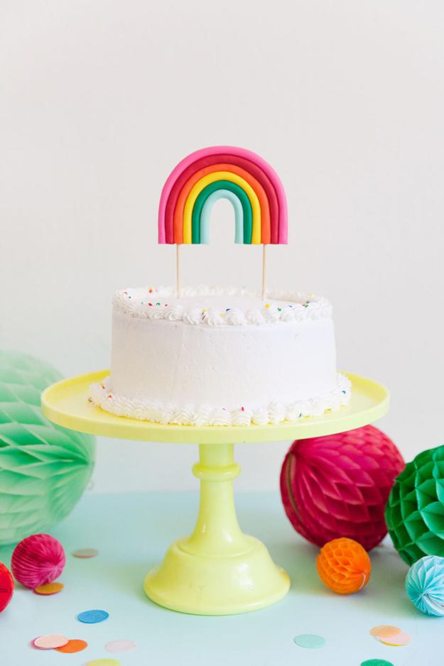 DIY-clay-rainbow-cake-topper-PARTIES