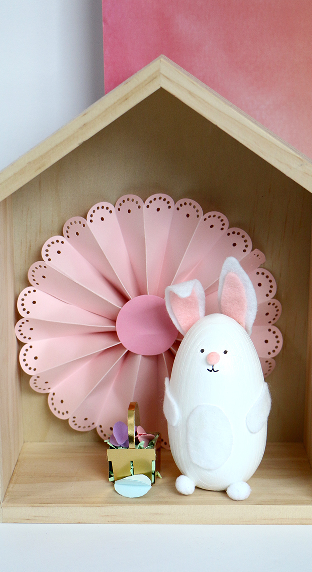 DIY Wooden Easter Bunny
