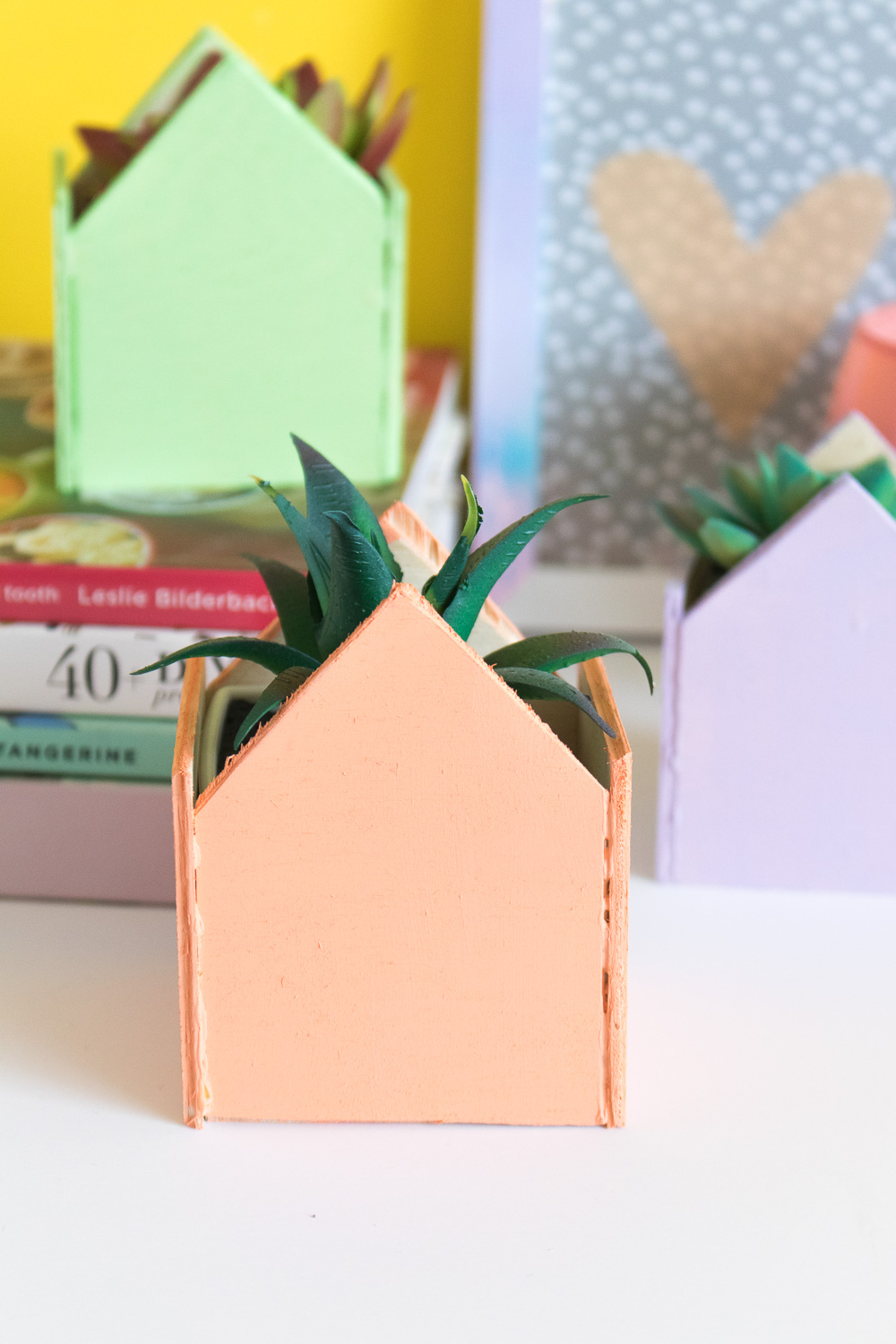diy-mini-pastel-house-planters-4